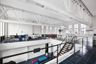 Chelsea Loft 23rd Street - New York - Interior photo looking across the 1st floor - Selldorf Architects