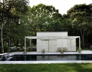 Wainscott House - Long Island - Exterior photo of building - Selldorf Architects