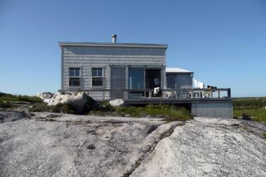 Artists' Cabin - Nova Scotia - Exterior photo of cabin - Selldorf Architects