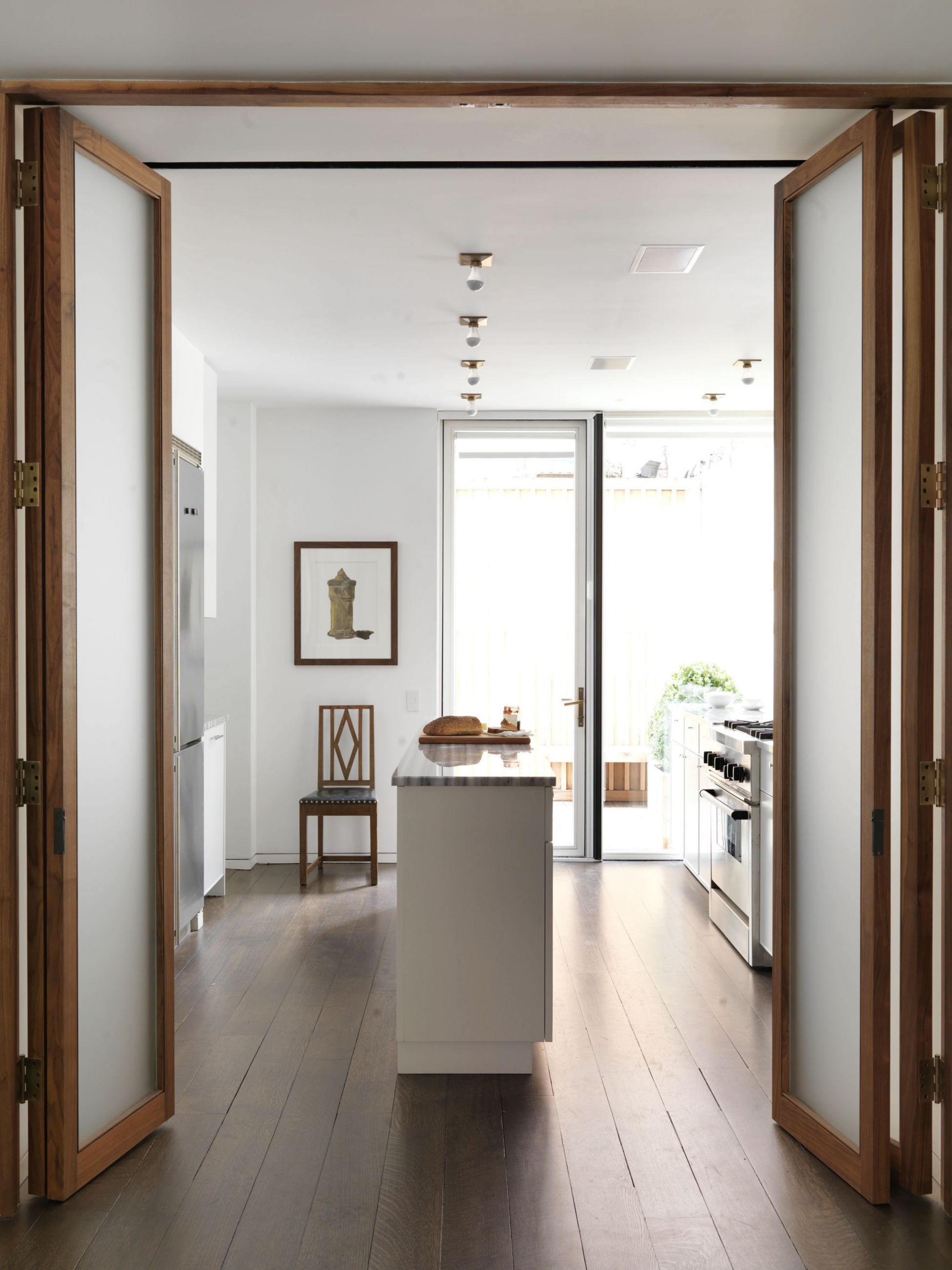 Collector s townhouse selldorf architects new york for New york townhouse interior