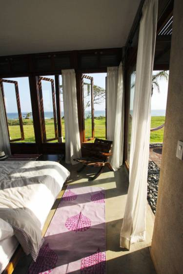 Ama Estancia - Pedasi, Panama - Interior photo of bedroom - Selldorf Architects
