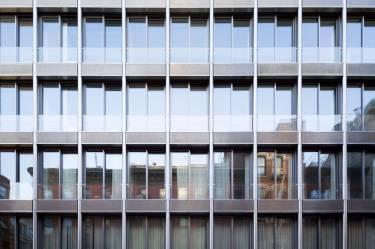 42 Crosby Street interior apartment, bathroom, bathtub, shower, Selldorf Architects, SoHo, New York City, Architecture, windows, residential, condos, furniture, VICA